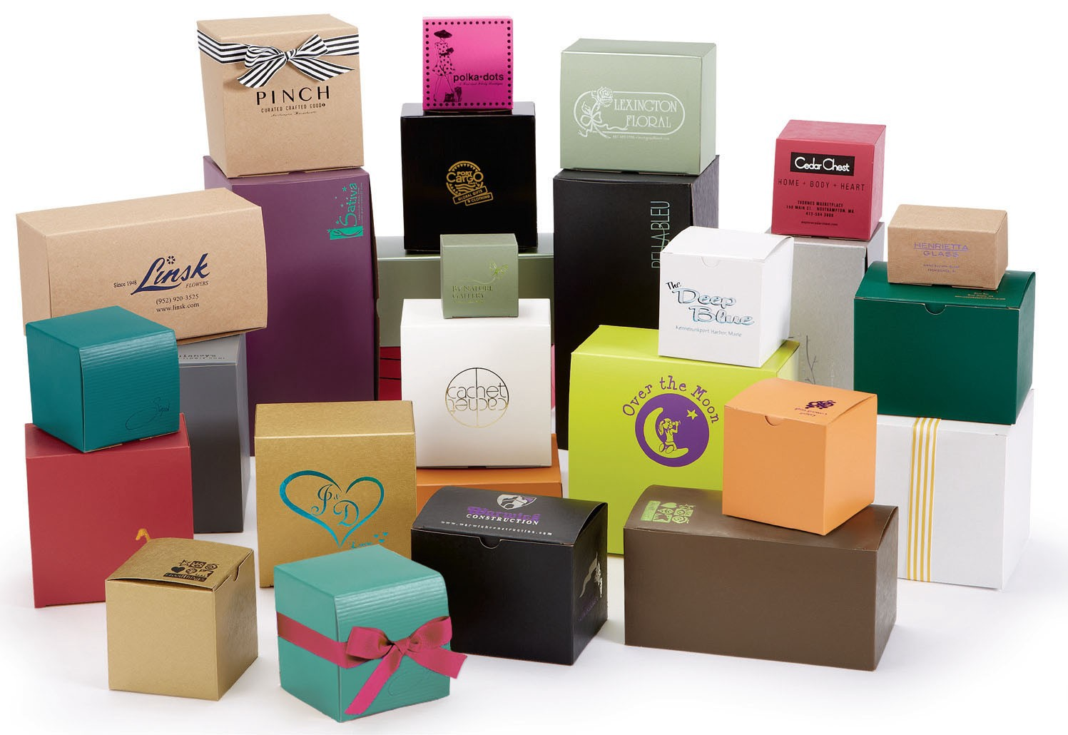 Read more about the article WHOLESALE PACKAGING BOXES FOR BUSINESS